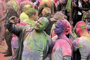 colour festival at the recovery games